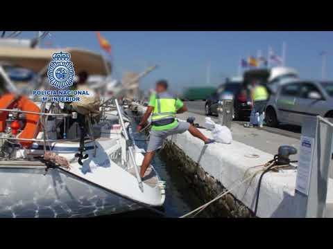 Velero interceptado en Ceuta cargado de hachís