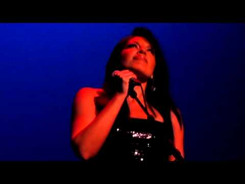 "Sara Ramirez Singing ""The Story"" At The Grey's Anatomy Concert To Benefit The Actors Fund"
