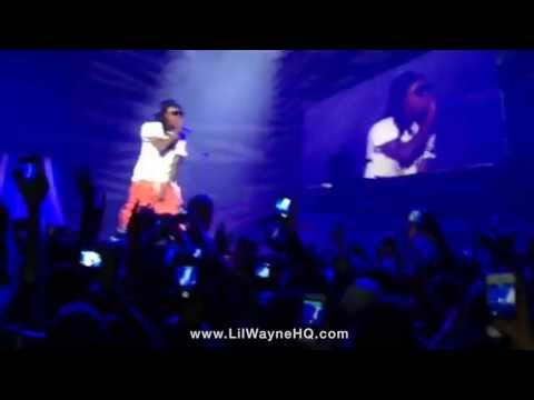 "Lil Wayne Performs ""John"", ""Tapout"" & ""No Worries"" Live In Ireland"