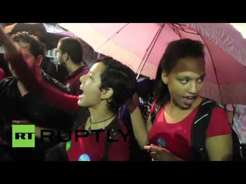 Brazil: University Students Join Sao Paulo Protests Against Impeachment
