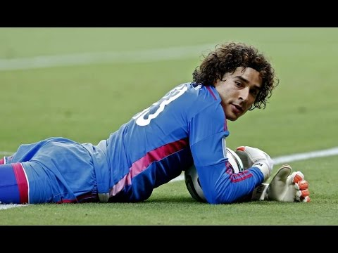 Guillermo Ochoa- amazing save vs Deportivo • HD (1-1)•