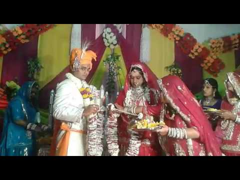 Funny Indian Wedding Varmala Jaimala Video Recording