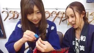 モデルの橘珠里さんとallizuさんを招待して体験をしてもらいました。二人ともとても針の使い方が上手でいい傘ができました。