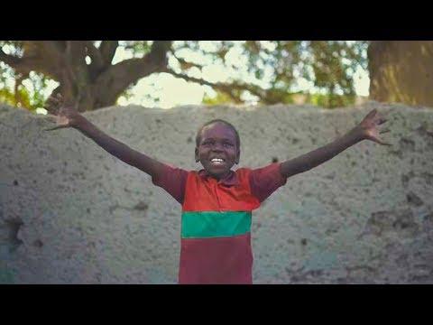 Elefantes feat. Manolo García - Agua (Videoclip Oficial)