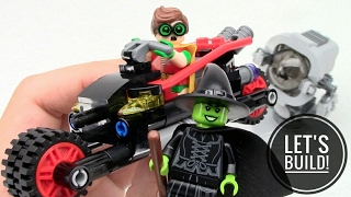 THE LEGO BATMAN MOVIE: Ultimate Batmobile 70917 Part 1 (Batcycle) - Let's Build!
