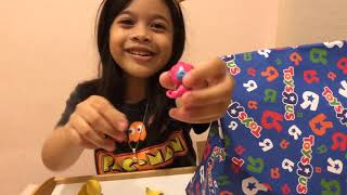Toys r us unboxing - Hatchimals, Roblox, Wreck IT Ralph 2 & LOL