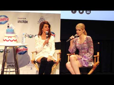 The MOMS & INSTAX Fujifilm MAMARAZZI® With Nia Vardalos & Elena Kampouris