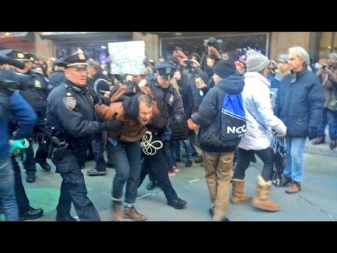 NYPD Picking off and Arresting Black Lives Matter Protestors