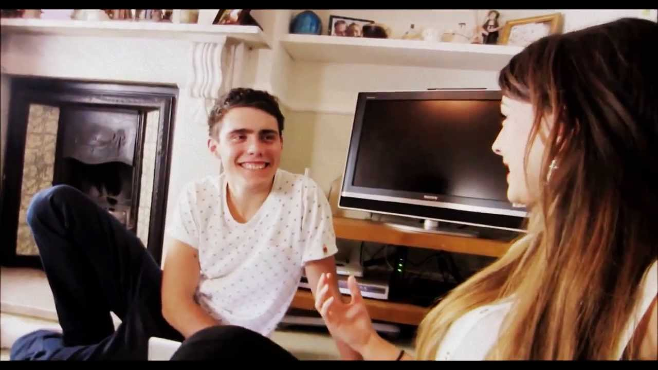 Zoe and alfie dating announcement