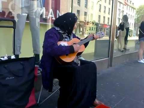 Aberdeen guitar wifie