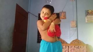 Chok Chok korlei hoyna suna song aa..পিচ্ছি বুড়ির ডান্স
