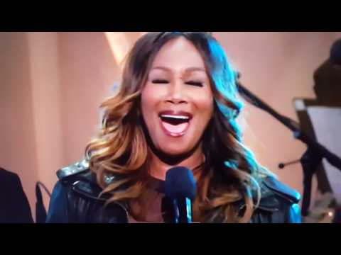 Glory - Common and Yolanda Adams