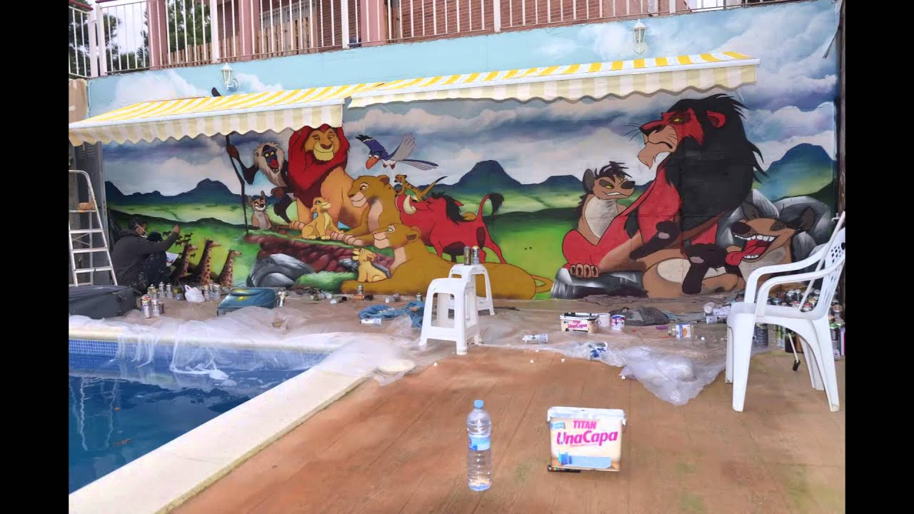 Decoracion Graffiti Mural Infantil De Rey Leon En Pared Exterior De - Decoracion-graffiti
