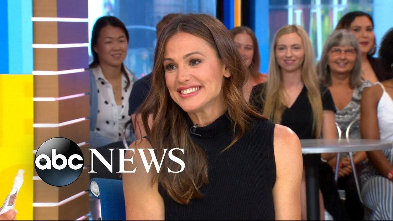 Download Jennifer Garner talks about a possible 'Alias' reboot