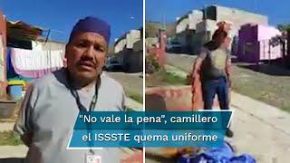 En redes sociales se viralizó un video en el que se observa a un camillero suplente, identificado como Daniel Guadarrama, renunciar y quemar su uniforme de trabajo, luego de no haber recibido la vacuna contra el Covid-19