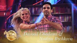 Davood Ghadami and Nadiya Bychkova Quickstep to 'Last Nite' - Strictly Come Dancing 2017