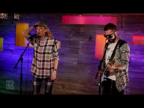 The Ting Tings - Shut Up And Let Me Go - Live & Rare Session HD