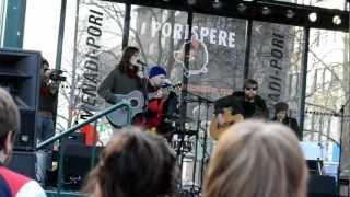 Pariisin Kevät - Tämän kylän poikii akustinen @ Pori 2012