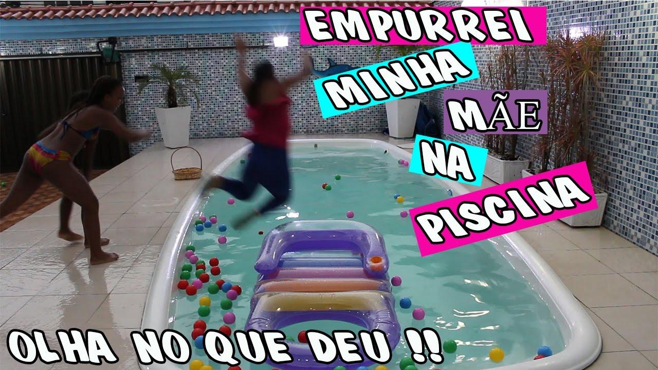 EMPURREI MINHA MÃE NA PISCINA!! DESAFIO DA PISCINA