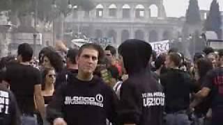 roma rossi e neri ancora insieme in corteo