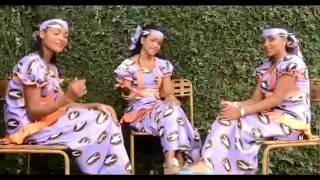 أغنية نلاندي سيو بالصوت الذهب للفنان ساندا الفولاني والفرقة حليمة وجميلة وسعدية