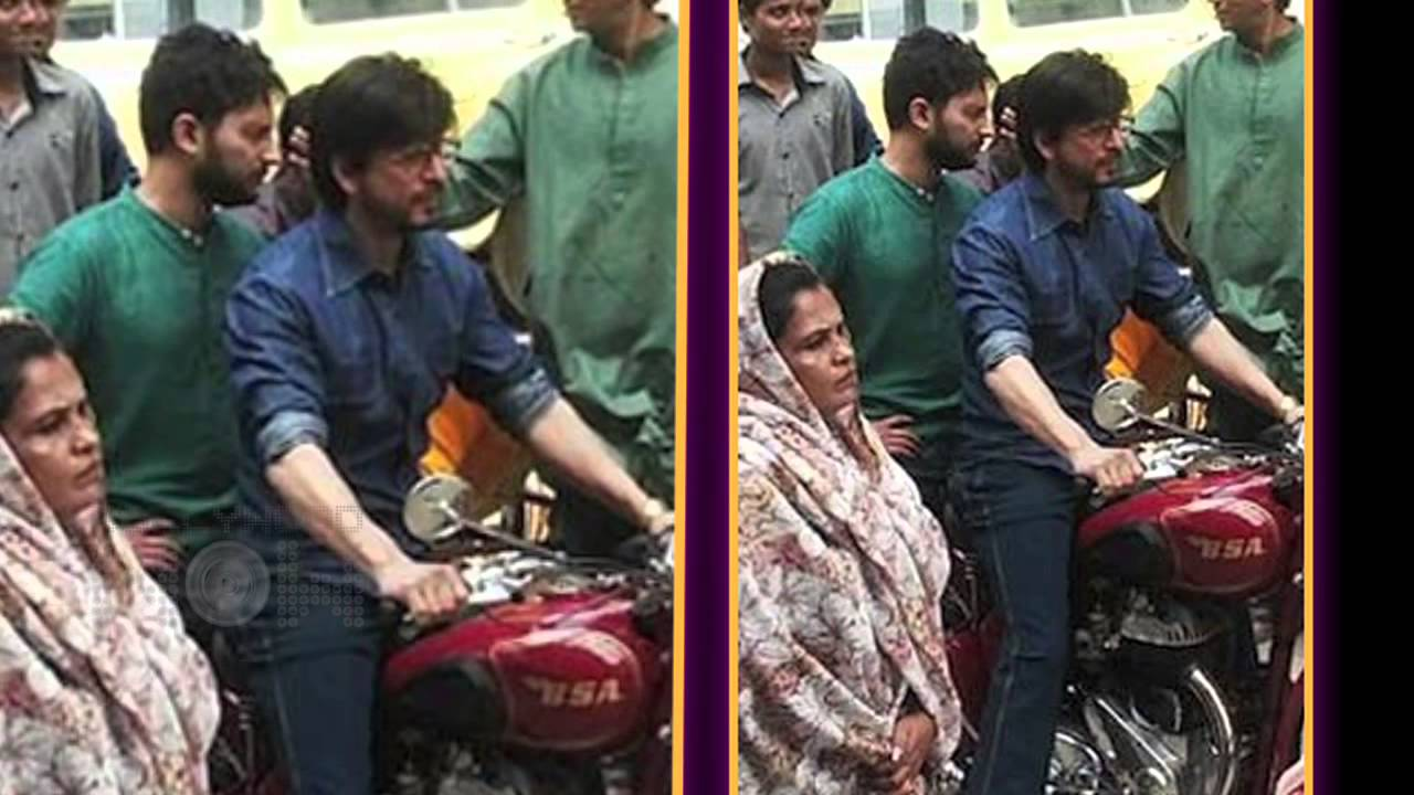 Download Watch: Shaharukh Khan On A Bike | Raees Shooting