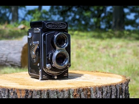 How to Load 120 Film - Medium Format Camera - Minolta Autocord