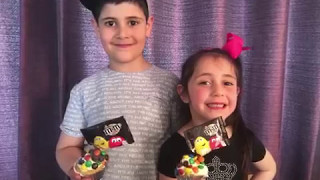 Gravity Cupcake Tutorial by two adorable kids