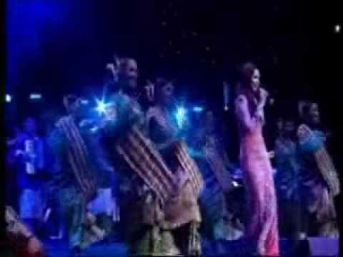Siti Nurhaliza @ Royal Albert Hall - Medley (Patendu Patende, Ayo Mama, Embun Sosek)