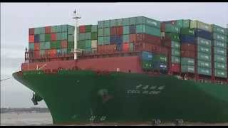 China builds biggest cargo ship in the world