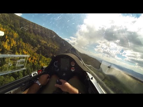 Glider Enjoying 100+ Mile Ridge Flight Over the Rocky Mountains