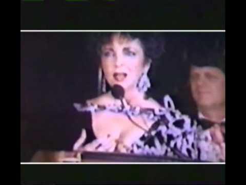 Elizabeth Taylor Honors Michael Jackson (1988)