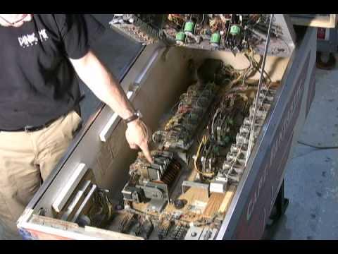Pinball repair - Inside an EM Pinball (Electro Mechanical)