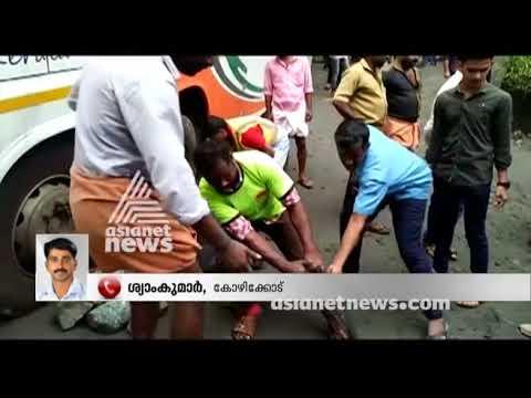 KSRTC Scania gets caught in Wayanad hill highway