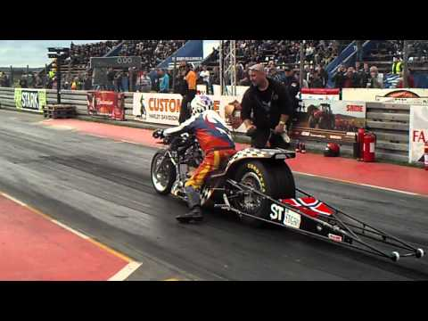 Supertwin top fuel Dragbike mega blow.   mosten race day 2011 Matti