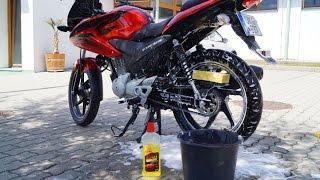 Honda CBF 125 - Bike Wash
