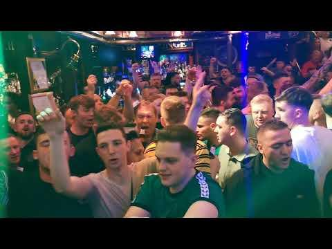 damien-quinn-singing-joe-mcdonnell-in-rome-to-celtic-fans