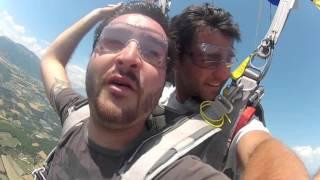 Tandem Julien Ribellino à Gap chez Sunset Parachutisme... il l
