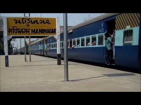Coimbatore- Rajkot Express Chugging Hard At Maninagar