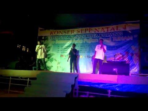 RAS ONE Perform SEPE NATAL @ Lap  Volly Oeba KUPANG