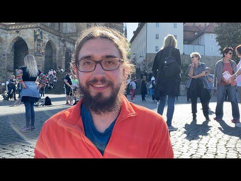 Demo Für Die Grundrechte In Erfurt – Mit Meditation Und Mantra-Singen