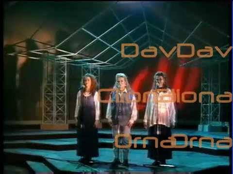 Somewhere in My Broken Heart - Dav,Cliona &Orna McNamara.