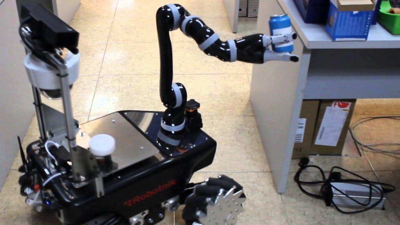Mobile manipulator XL-GEN from Robotnik