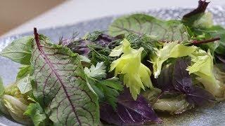 Теплый вкусный салат из китайской капусты - пошаговый рецепт