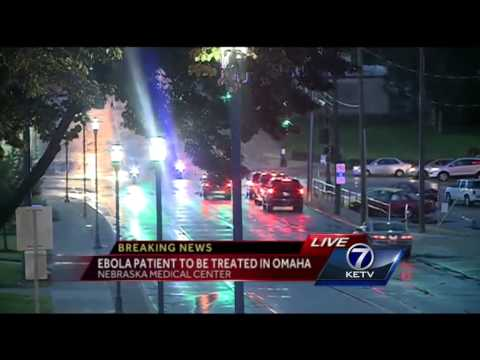 Doctor with Ebola virus arrives at Nebraska Medical Center