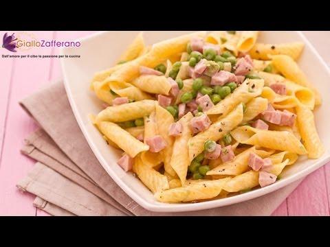 Pasta With Ham, Peas And Cream - Quick Recipe