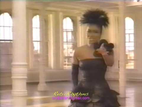 MIllie Scott - Love Me Right (1987 R&B/Soul video)