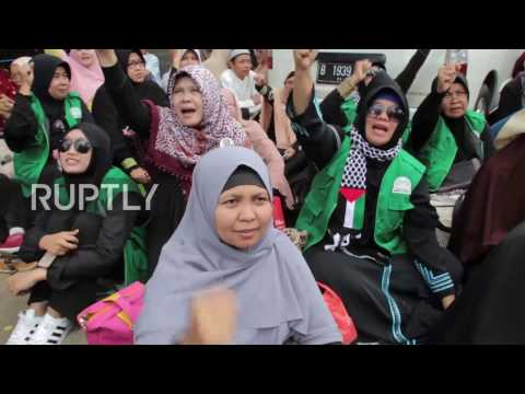 Indonesia: Anti-Ahok protesters picket Governor's trial in Jakarta