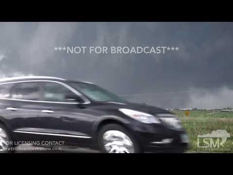 7-19-18 Pella, Iowa Tornado Approaches - Grows Larger