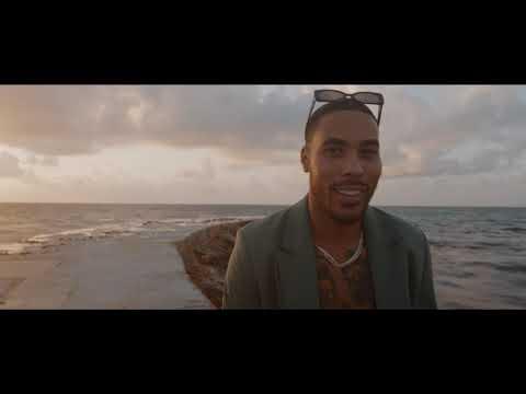 Смотреть клип Troyboi - Buss It